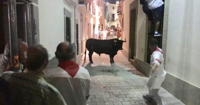 Tres heridos en el primer toro de las fiestas de San Juan