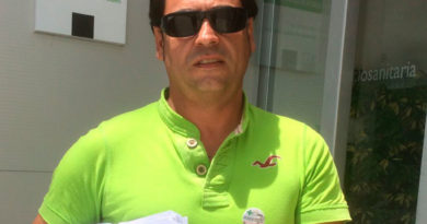 Presentan a la Junta de Extremadura un total de 24.263 firmas en contra de la adjudicación del transporte sanitario