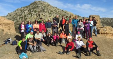 Más de 40 senderistas participaron en la ruta de Hornachos