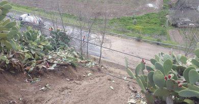 """Las lluvias causan un desprendimiento en el """"Cubo"""" que deja la carretera cortada"""