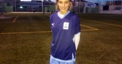 La joven cauriense Thais Sánchez participa con la Selección Extremeña de fútbol en un campeonato nacional