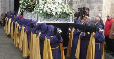 El Viernes de Dolores abre las procesiones de la Semana Santa Cauriense