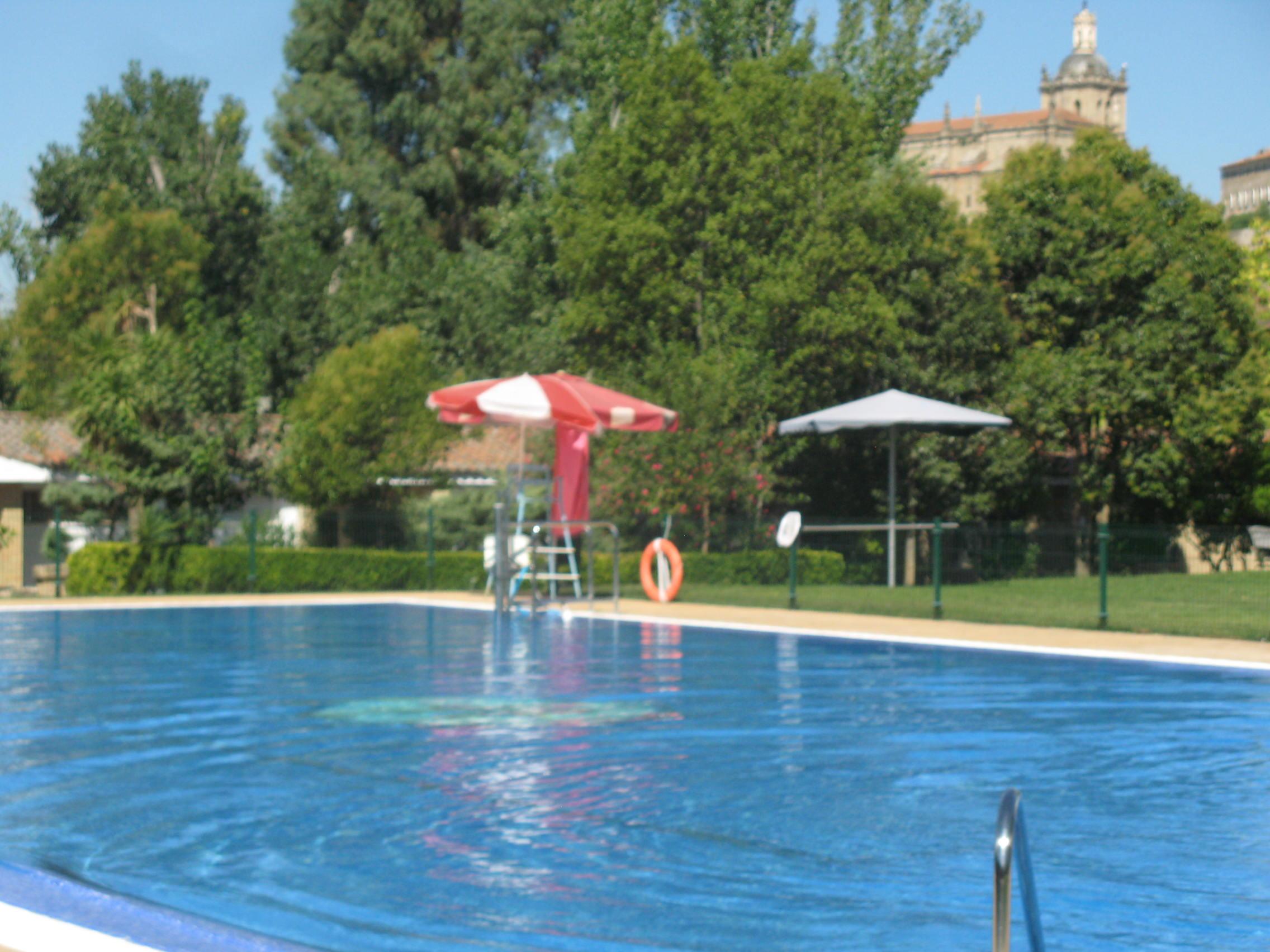 El Domingo Día 10 Abrirán Las Piscinas Municipales De Coria Noticias Coria