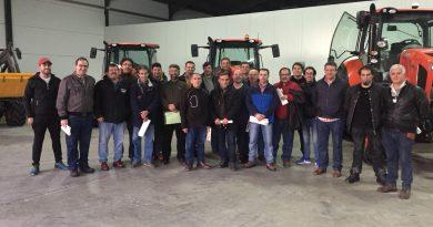 Profesores del IES Alagón realizan cursos sobre avances tecnológicos de maquinaria agrícola