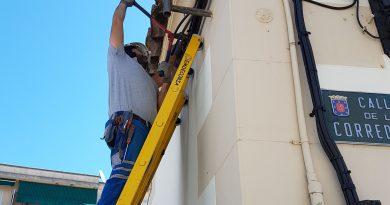 El Ayuntamiento mejora la instalación eléctrica de la Corredera