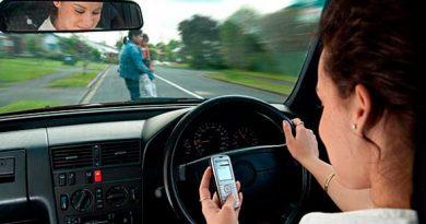Campaña de la Policía Local para evitar distracciones al volante del 16 al 22 de septiembre