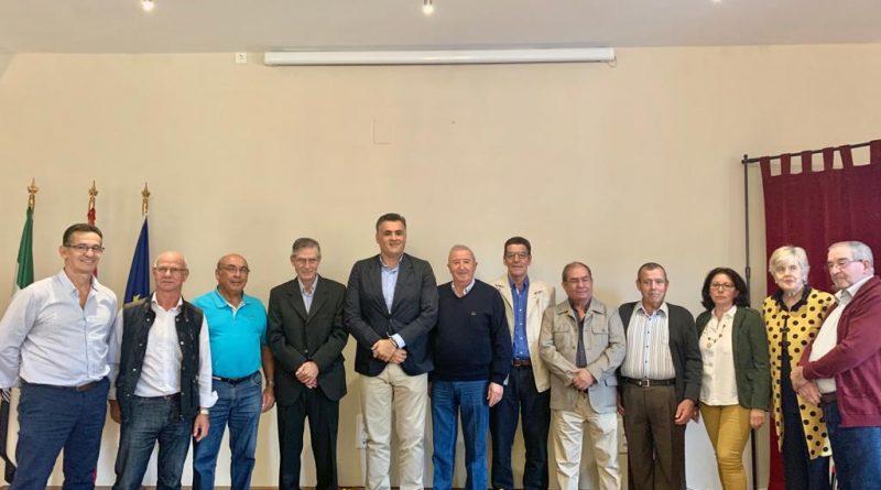 Reconocimiento a jubilados funcionarios y personal laboral del Ayuntamiento de Coria