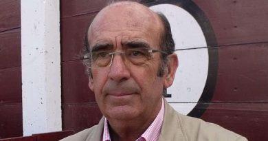 La Asociación de Jóvenes Taurinos homenajeará al ganadero  Adolfo Martín el día 26