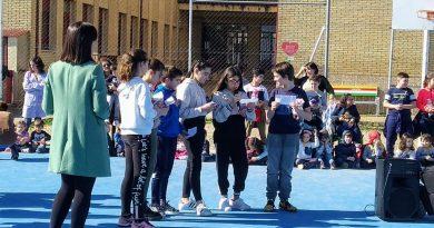 Los colegios Camilo Hernández y Virgen de Argeme celebraron el Día Internacional del Cáncer Infantil